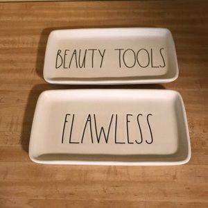 Rae Dunn BEAUTY TOOLS & FLAWLESS Trays